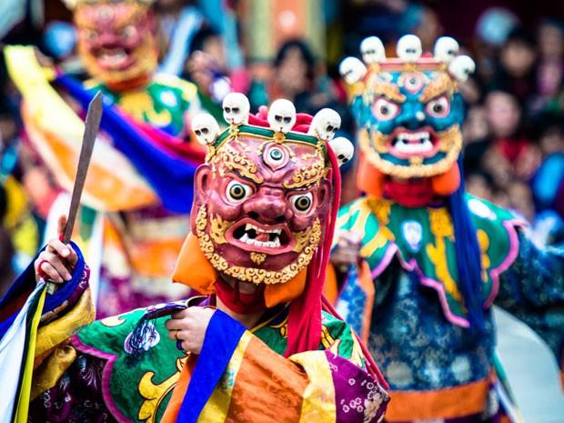 Festival de monges budistas no Butão fotografada pelo diplomata, no início do ano (Foto: Thomaz Napoleão)