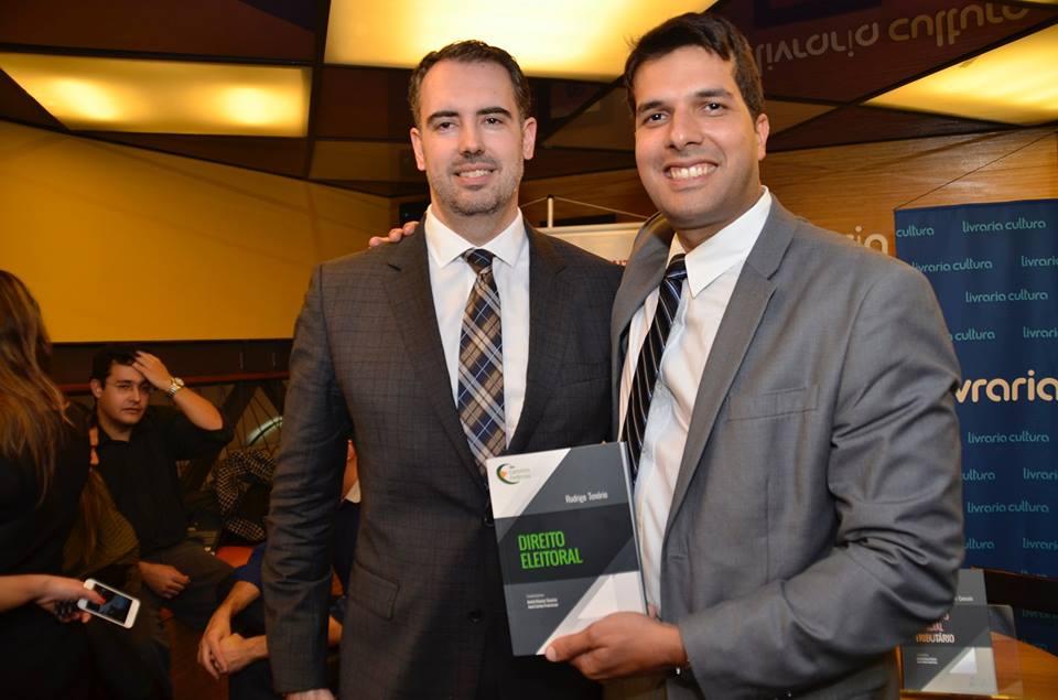 Dr. André Ramos Tavares e Dr. Rodrigo Tenório