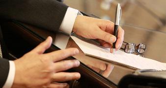 advogado indeniza clientes