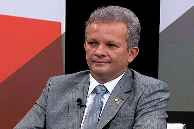 André Figueiredo: medida favorece recém-formados que vivenciam situações de precarização do trabalho.
